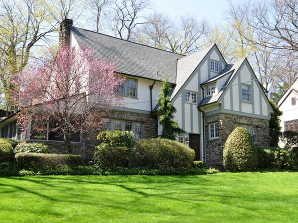5 bed 4 bath Single Family at 133 Pondfield Rd W Yonkers, NY, 10708 is for sale at 1.60m - 1 of 16