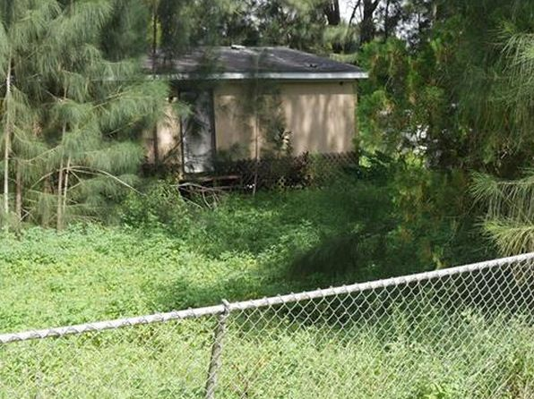 2 bed 2 bath Single Family at 8115 Penny Dr North Fort Myers, FL, 33917 is for sale at 20k - 1 of 3