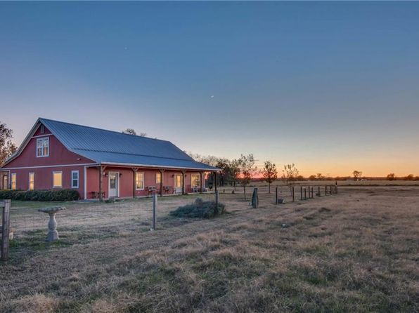 3 bed 4 bath Single Family at 21719 Old River Rd Trinidad, TX, 75163 is for sale at 350k - 1 of 60