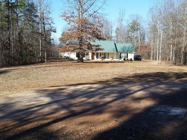 3 bed 2 bath Single Family at 825 COUNTY ROAD 626 ROANOKE, AL, 36274 is for sale at 225k - 1 of 20