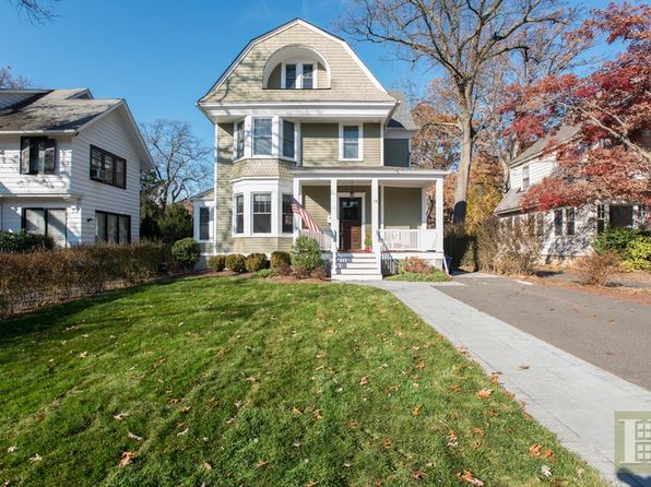 5 bed 3 bath Single Family at 19 Franklin Pl Montclair, NJ, 07042 is for sale at 789k - 1 of 25