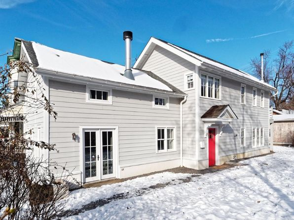 2 bed 2 bath Single Family at 522 Washington St Hudson, NY, 12534 is for sale at 585k - 1 of 13