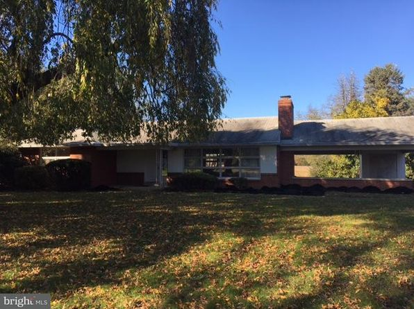 3 bed 2 bath Single Family at 1048 Laurel Dr Middletown, PA, 17057 is for sale at 135k - 1 of 22