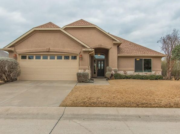 2 bed 2 bath Single Family at 9716 PINEWOOD DR DENTON, TX, 76207 is for sale at 270k - 1 of 30