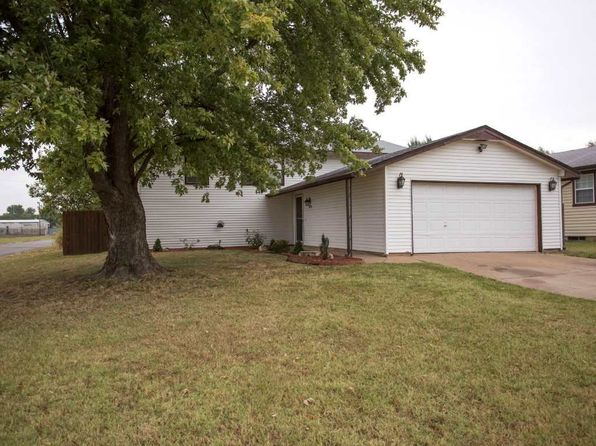 5 bed 2 bath Single Family at 2824 W Casado St Wichita, KS, 67217 is for sale at 110k - 1 of 22