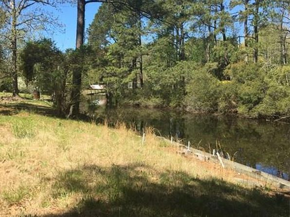 3 bed 2 bath Mobile / Manufactured at  191 Hunt Club Trail Hertford, NC, 27944 is for sale at 40k - 1 of 4