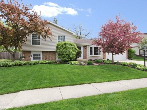 3 bed 2 bath Single Family at 1065 Pheasant Ridge Dr Lake Zurich, IL, 60047 is for sale at 310k - 1 of 16