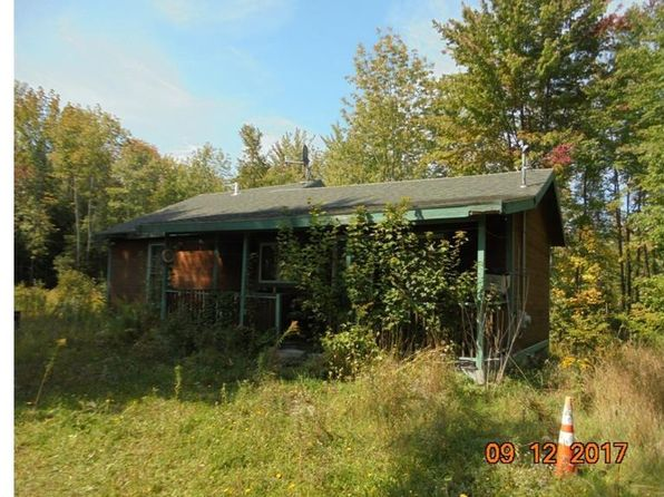2 bed 1 bath Single Family at 986 LAKEWOOD RD MADISON, ME, 04950 is for sale at 110k - 1 of 25