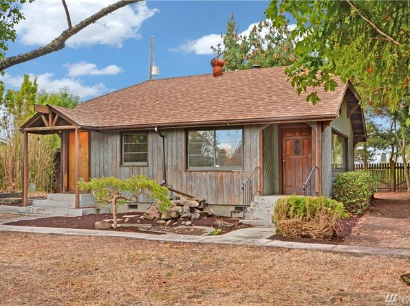 1 bed 1 bath Single Family at 1825 SW 110th St Seattle, WA, 98146 is for sale at 295k - 1 of 12