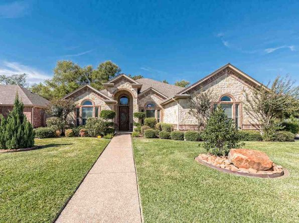 4 bed 4 bath Single Family at 315 Edinburgh Waco, TX, 76712 is for sale at 360k - 1 of 30