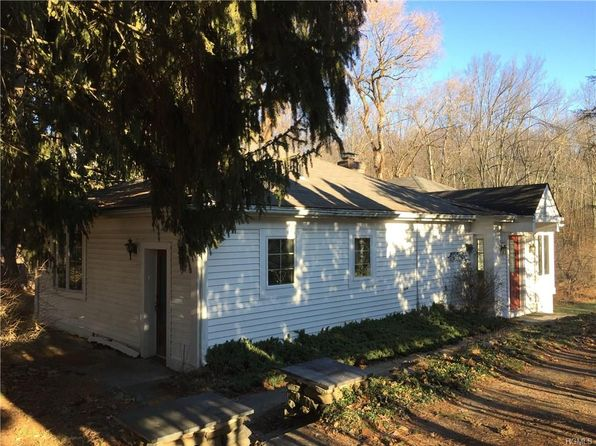 2 bed 2 bath Single Family at 1333 State Route 208 Wallkill, NY, 12589 is for sale at 235k - 1 of 29