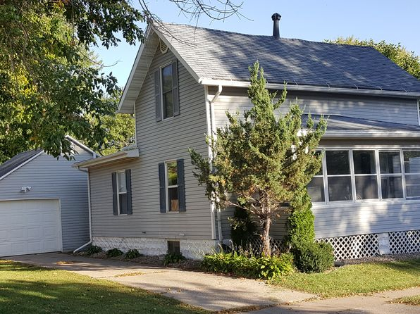 3 bed 1 bath Single Family at 818 S 2nd Ave Washington, IA, 52353 is for sale at 82k - 1 of 24