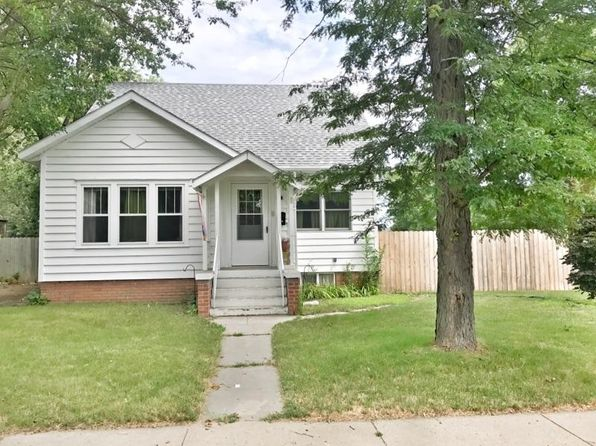 4 bed 2 bath Single Family at 868 Beach Ave SE Huron, SD, 57350 is for sale at 135k - 1 of 24