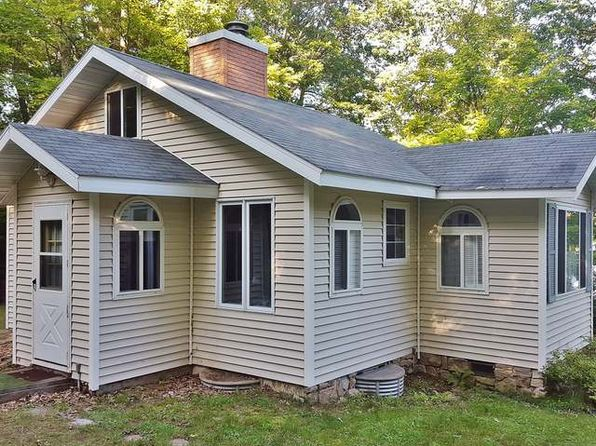 2 bed 1 bath Single Family at 6552 Anderson Lake Rd Land O Lakes, WI, 54540 is for sale at 140k - 1 of 17
