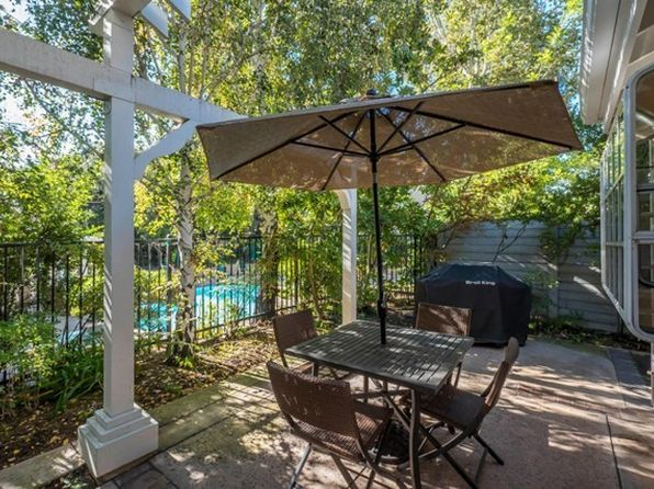 2 bed 3 bath Townhouse at 1077 Westcreek Ln Westlake Village, CA, 91362 is for sale at 815k - 1 of 31