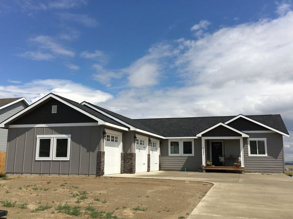 3 bed 2 bath Single Family at 2602 2nd St NE Watford City, ND, 58854 is for sale at 305k - 1 of 6