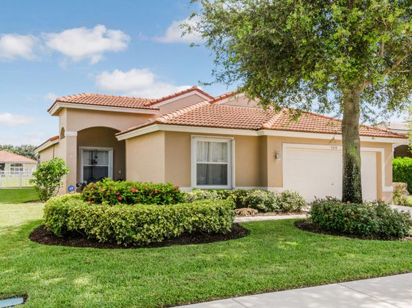 3 bed 2 bath Single Family at 5378 Oakmont Village Cir Lake Worth, FL, 33463 is for sale at 359k - 1 of 23