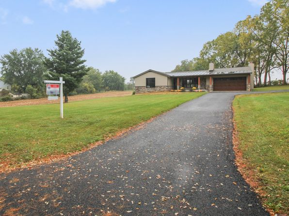 4 bed 3 bath Single Family at 1315 Arnoldtown Rd Burkittsville, MD, 21718 is for sale at 570k - 1 of 36