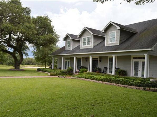 4 bed 5 bath Single Family at 3986 County Road 438 Yoakum, TX, 77995 is for sale at 999k - 1 of 26