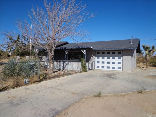 3 bed 1 bath Single Family at 61948 Calle Las Sierras Joshua Tree, CA, 92252 is for sale at 135k - 1 of 23