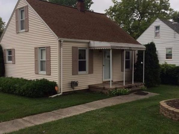 2 bed 1 bath Single Family at 1042 E MANDEVILLE ST BURTON, MI, 48529 is for sale at 32k - 1 of 17