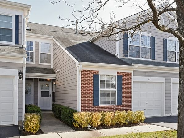 2 bed 2 bath Townhouse at 11 Taft Ct Streamwood, IL, 60107 is for sale at 135k - 1 of 15