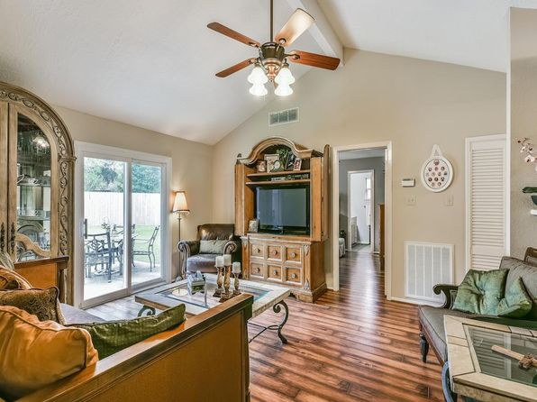 3 bed 2 bath Single Family at 3018 Helmsley Dr Pearland, TX, 77584 is for sale at 150k - 1 of 22