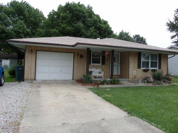 3 bed 1 bath Single Family at 202 NE 14th St Casey, IL, 62420 is for sale at 66k - 1 of 21