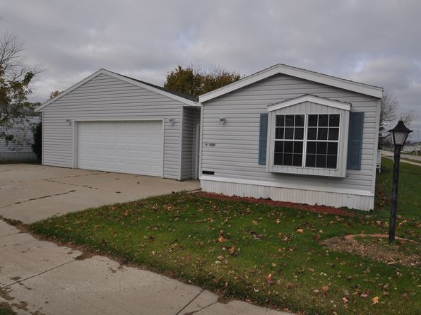 3 bed 2 bath Mobile / Manufactured at 936 W Acorn St Lomira, WI, 53048 is for sale at 30k - 1 of 10