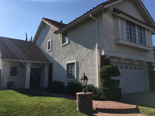 3 bed 3 bath Single Family at 19760 Shadow Glen Cir Northridge, CA, 91326 is for sale at 714k - 1 of 32