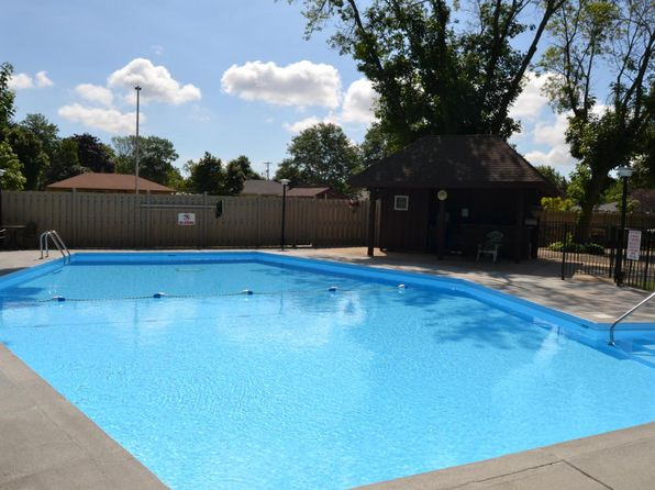 1 bed 1 bath Condo at 3925 S 84th St Greenfield, WI, 53228 is for sale at 60k - 1 of 16