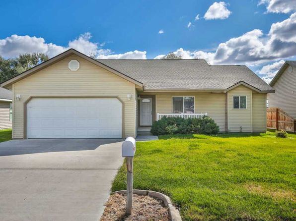 3 bed 2 bath Single Family at 1011 Lauren Ln Filer, ID, 83328 is for sale at 170k - 1 of 13