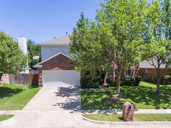 3 bed 3 bath Single Family at 796 Oak Hollow Ln Rockwall, TX, 75087 is for sale at 270k - 1 of 4