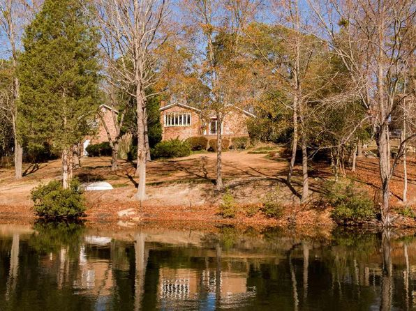 4 bed 3 bath Single Family at 236 N STONEHEDGE DR COLUMBIA, SC, 29210 is for sale at 270k - 1 of 33