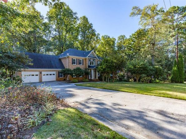 4 bed 3 bath Single Family at 143 Jamestown Ct SW Lilburn, GA, 30047 is for sale at 290k - 1 of 40