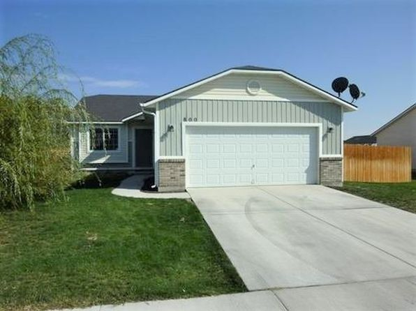 3 bed 2 bath Single Family at 800 SW Isaac Ln Mountain Home, ID, 83647 is for sale at 135k - 1 of 11