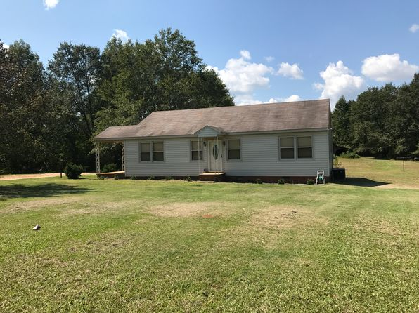 3 bed 1 bath Single Family at 3400 Elberton Hwy Hartwell, GA, 30643 is for sale at 85k - 1 of 19
