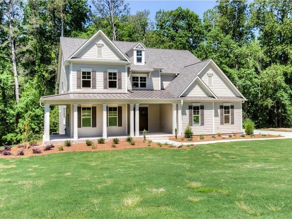 5 bed 4 bath Single Family at 3150 Chenery Dr Milton, GA, 30004 is for sale at 821k - 1 of 25
