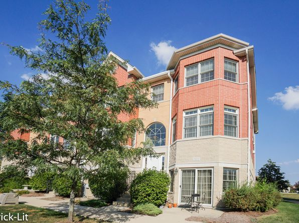 3 bed 4 bath Townhouse at 17937 Fountain Cir Orland Park, IL, 60467 is for sale at 315k - 1 of 15