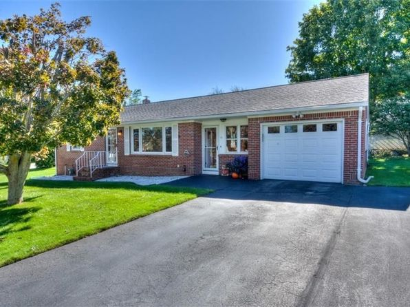 2 bed 2 bath Single Family at 10 Brown Dr Johnston, RI, 02919 is for sale at 220k - 1 of 34