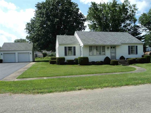 2 bed 1 bath Single Family at 9395 W Vermont St Orland, IN, 46776 is for sale at 110k - 1 of 23