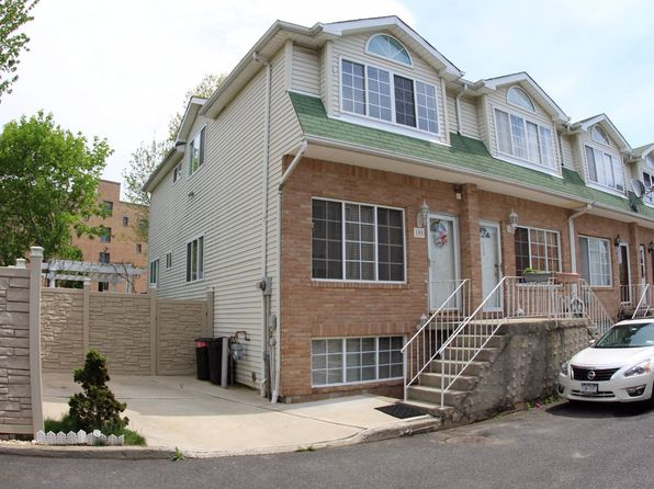 Bay terrace real estate bay terrace new york homes for for 11 terrace ave staten island