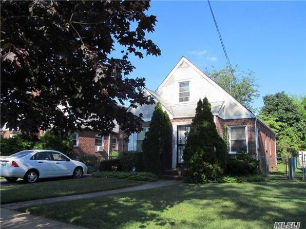 4 bed 1 bath Single Family at 146 Pierson Ave Hempstead, NY, 11550 is for sale at 339k - 1 of 12