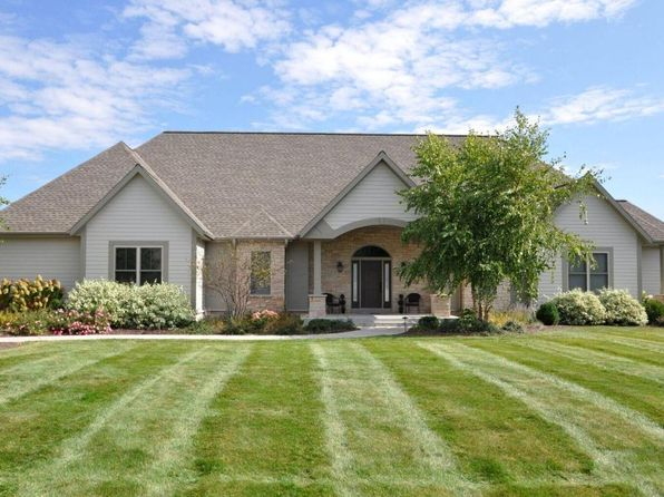 5 bed 5 bath Single Family at 434 Whispering Ridge Ct Colgate, WI, 53017 is for sale at 650k - 1 of 25