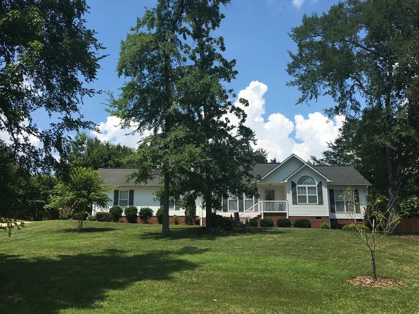 3 bed 2 bath Single Family at 3541 Courtland Cir Thomasville, NC, 27360 is for sale at 155k - google static map