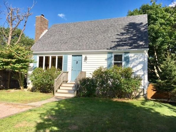 3 bed 1 bath Single Family at 9 Juniper Rd South Kingstown, RI, 02879 is for sale at 283k - 1 of 22