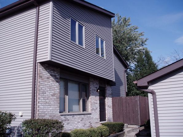 2 bed 2 bath Condo at 1002 Schoolgate Rd New Lenox, IL, 60451 is for sale at 134k - 1 of 5