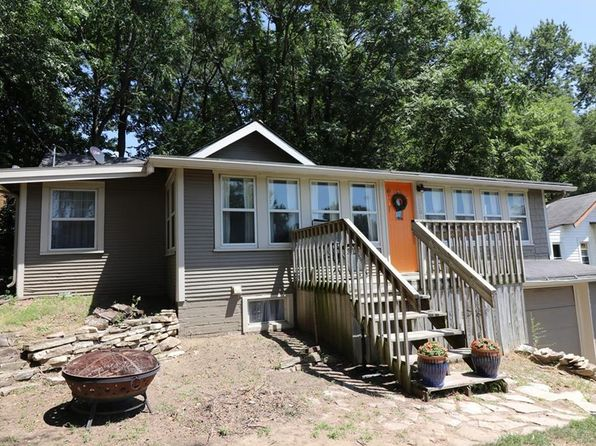 2 bed 1 bath Single Family at 2507 E 28th St Des Moines, IA, 50317 is for sale at 112k - 1 of 14