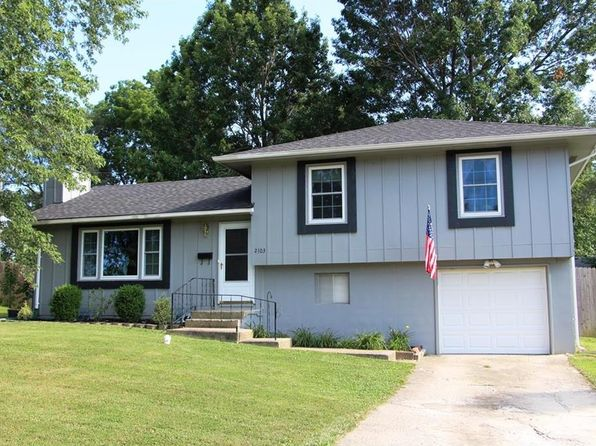 3 bed 2 bath Single Family at 2103 Ridgewood Rd Harrisonville, MO, 64701 is for sale at 130k - 1 of 12