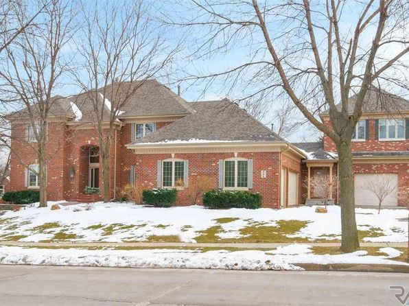 5 bed 5 bath Single Family at 209 W St Andrews Dr Sioux Falls, SD, 57108 is for sale at 940k - 1 of 36